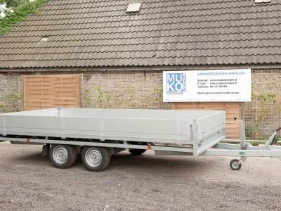 muko-aanhangwagenverhuur-auto-ambulance-gesloten (1)